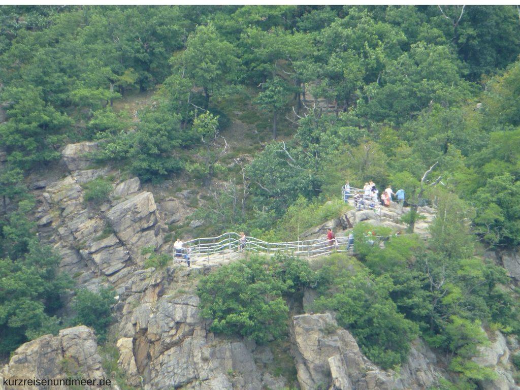 Die Rosstrappe von der La Viershöhe her gesehen