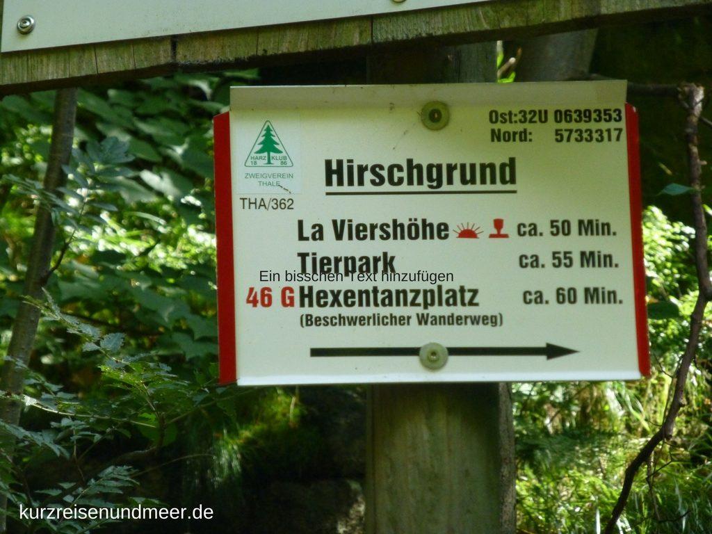 Das Wanderschild zeigt an, dass der Weg vom Hirschgrund zum Hexentanzplatz sehr beschwerlich ist.