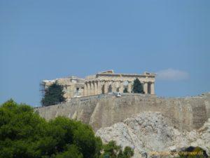 Das Bild ist von meiner Mittelmeer-Kreuzfahrt und zeigt den Blick auf die Akropolis vom Neuen Akropolis Museum (Athen) aus