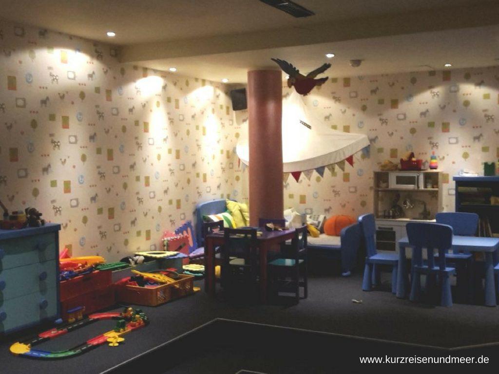 Das Bild zeigt der Spielzimmer im Hotel Wernigerode (Harz).