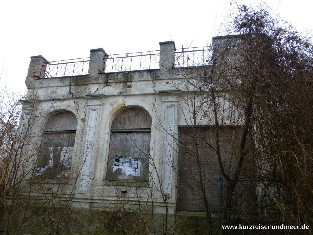 Ein weiteres verfallenes Haus in Sassnitz - was das wohl einmal war?