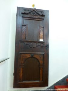 Bild einer Renaissance-Tür im Schloss Spyker