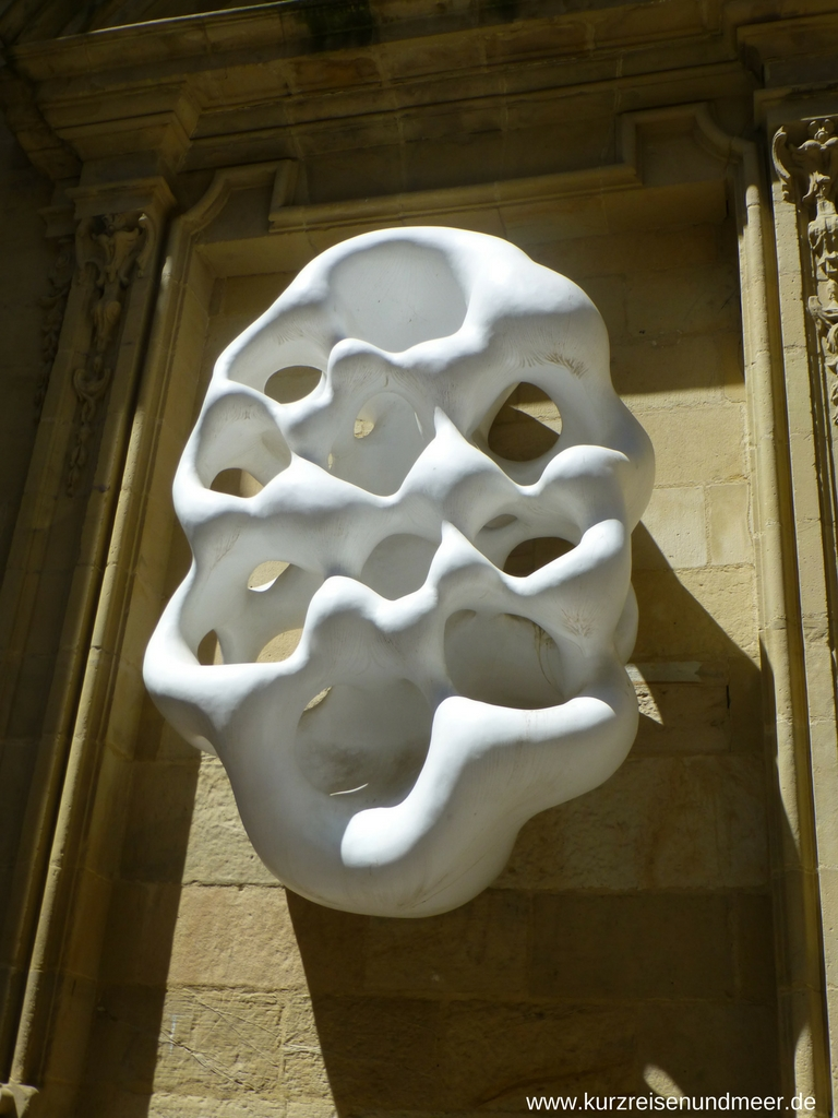 Moderne Kunst an der Basilica Santa Maria del Coro