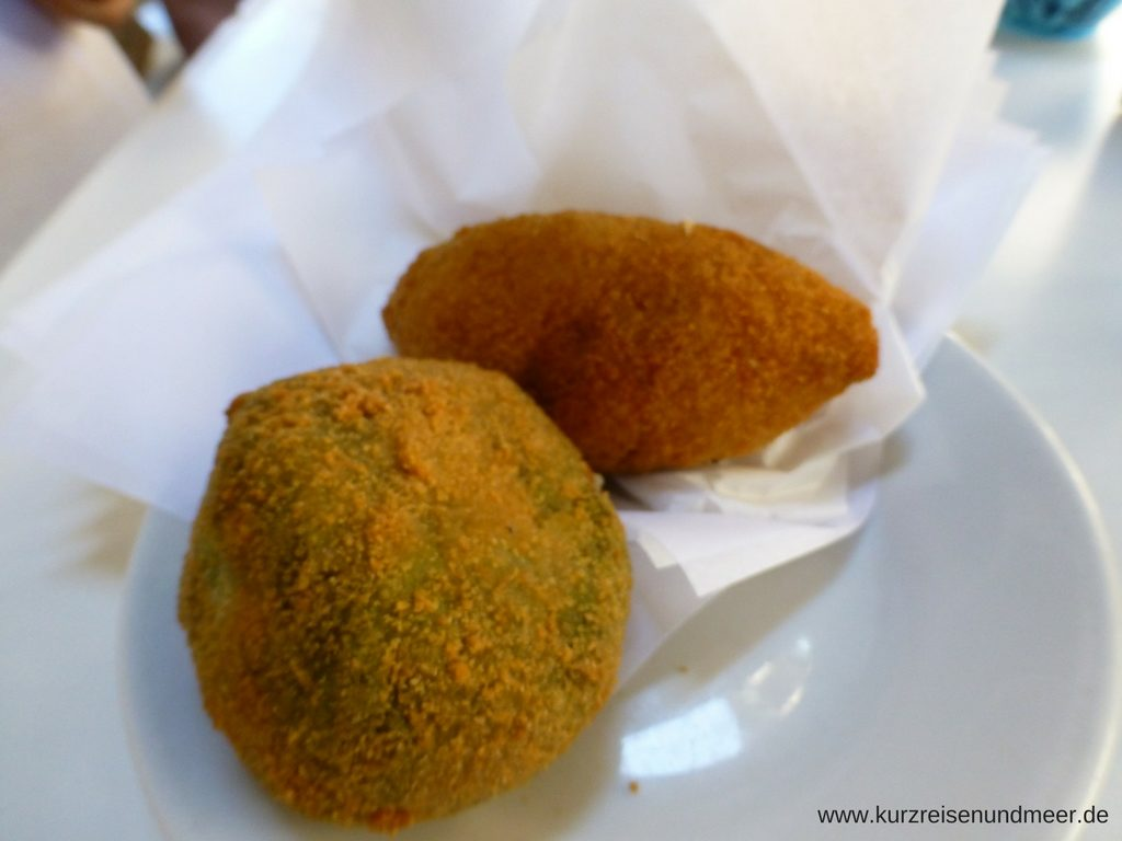 Arancini - sizilianische Reisbällchen