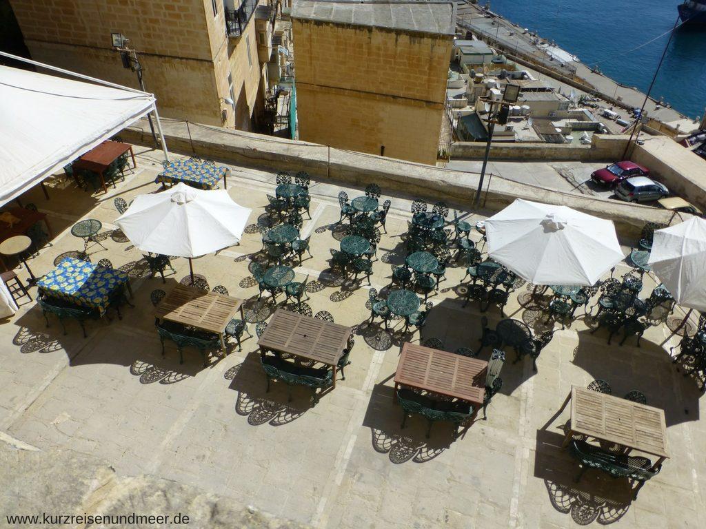 Mein Lieblingscafé in Valletta - das Café Deux Baronnes